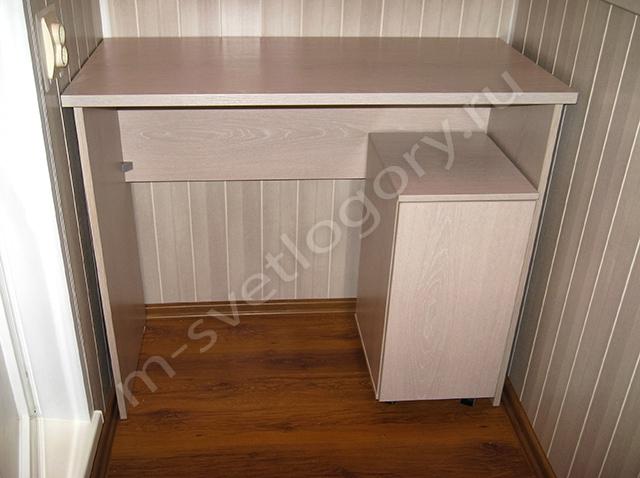 Шкаф со столом для балкона фо то..